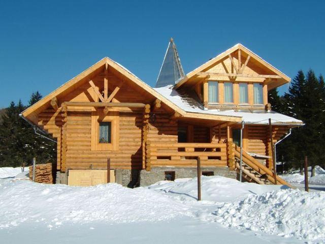 chalet-winter