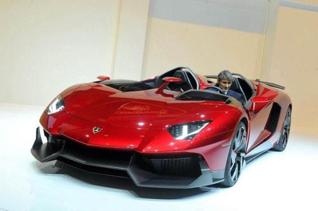 1-Lamborghini-Aventador-J