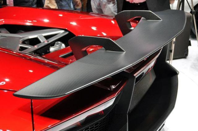 13-Lamborghini-Aventador-J