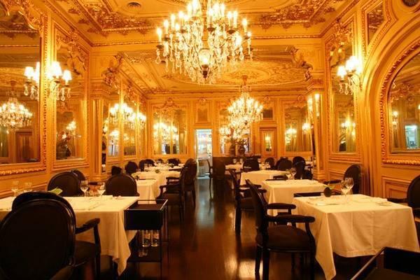 13oldesrestaurantsfridaytavares