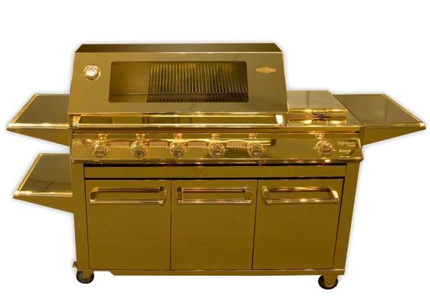 1goldbarbecuebeefeaterfriday
