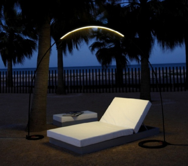 2-lights-for-garden-with-night-lamp
