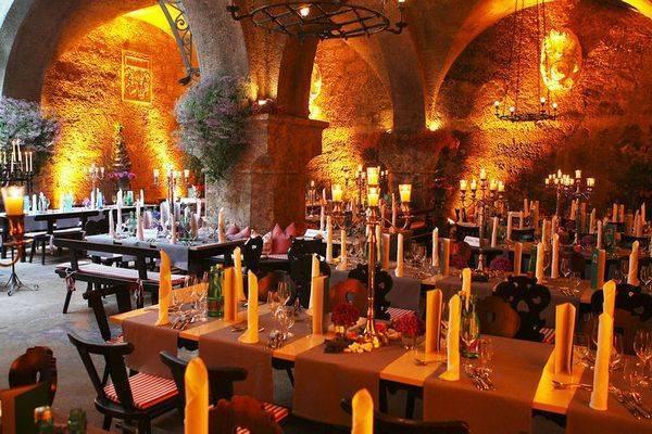 2oldesrestaurantsfridayzalcburg