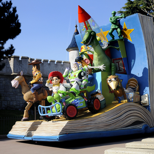 44-disneyland-paris-toy-story-parade