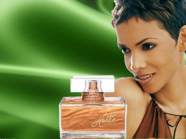 7-woman-perfume