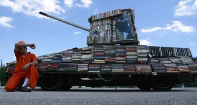 8tanklibraryargentinafriday