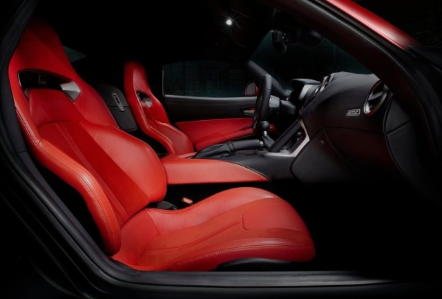 Dodge-SRT_Viper_GTS_2013_35