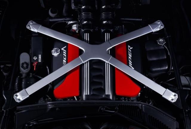Dodge-SRT_Viper_GTS_2013_50