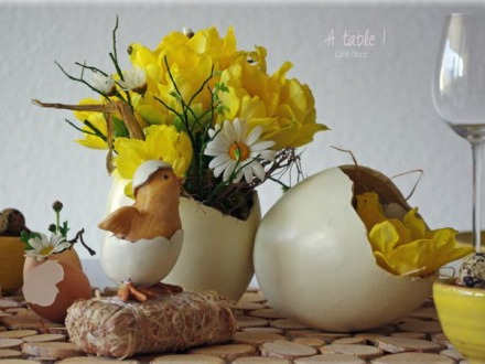 easter-chickens-table-setting-flowers3