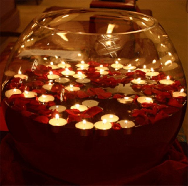 Floating-Candles-with-Petals
