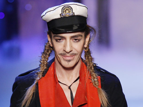 Givenchy_john_galliano