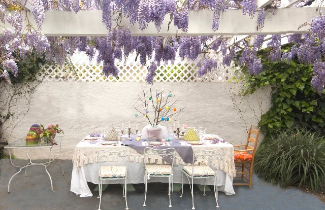 Holiday-Easter-Table