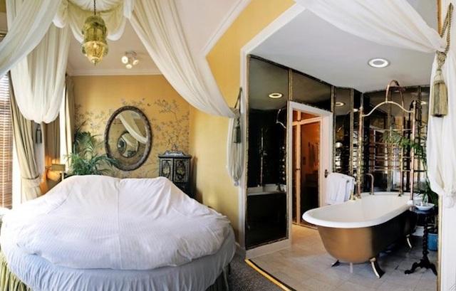 romantichotelsfriday5-portobello