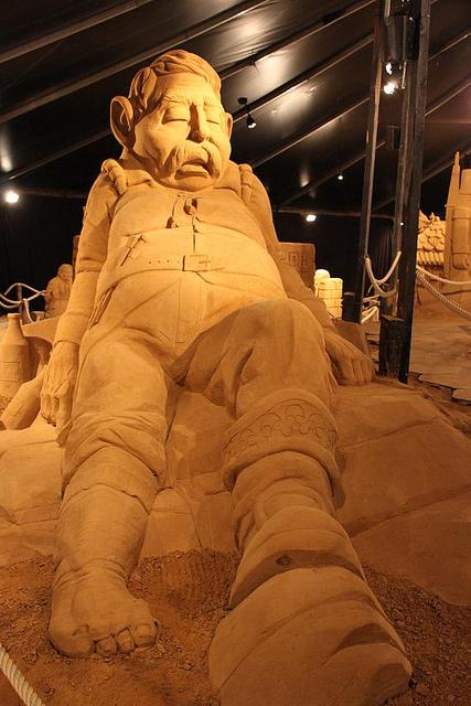 sculpture-sand-14