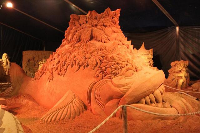 sculpture-sand-19