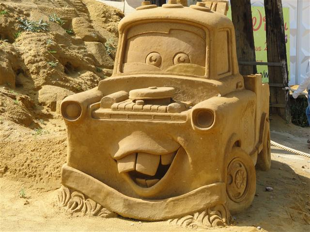 sculpture-sand-5