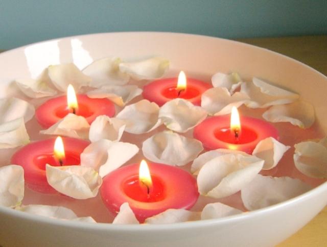 soy-floating_rose_5_lit
