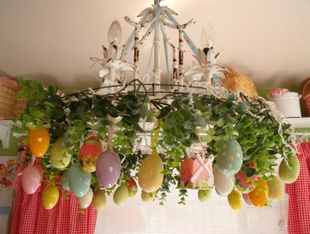 spring-Easter-egg-chandelier