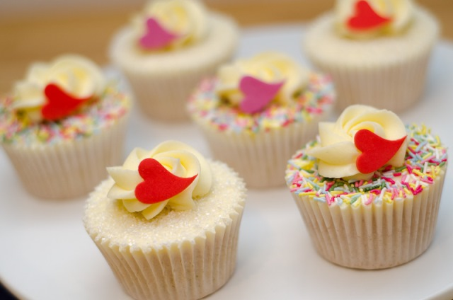 valentine-cupcakes-14