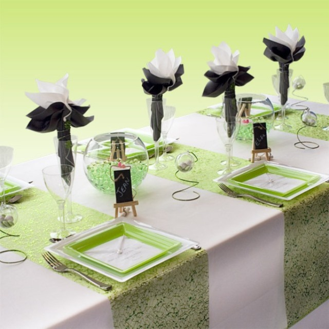 variation-green-table-sets5-1