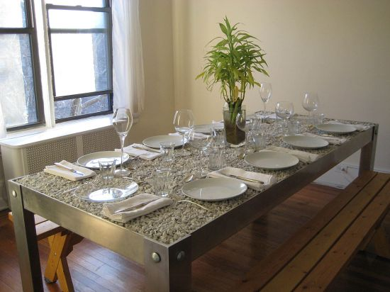 picNYC TABLE 13