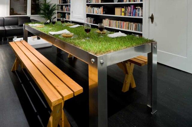 picNYC TABLE 4