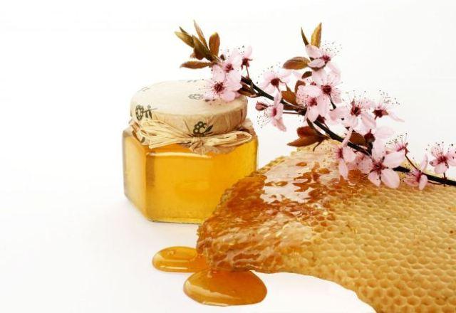 storing-honey-2