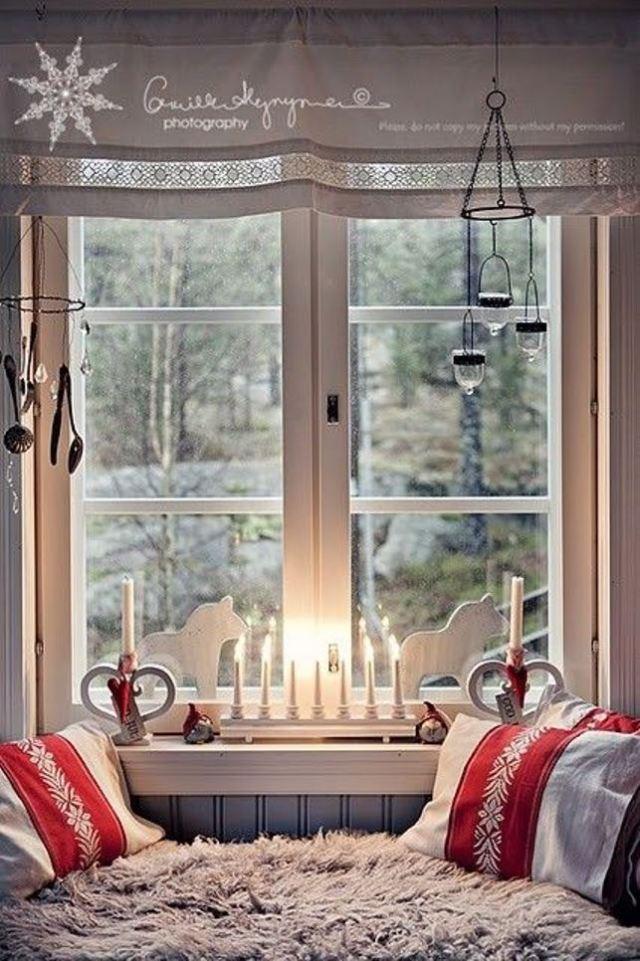 awesome-christmas-window-decor-ideas-18