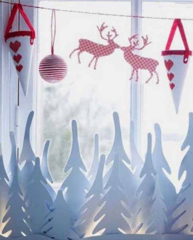 awesome-christmas-window-decor-ideas-22