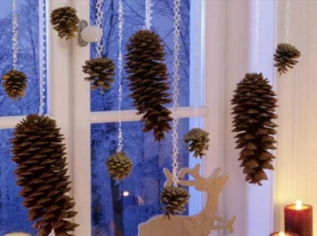 awesome-christmas-window-decor-ideas-32