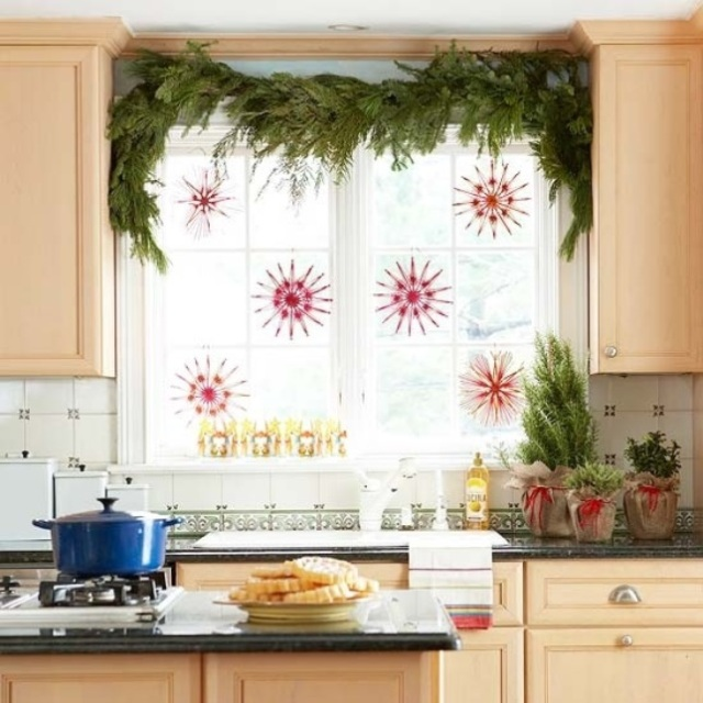 awesome-christmas-window-decor-ideas-33