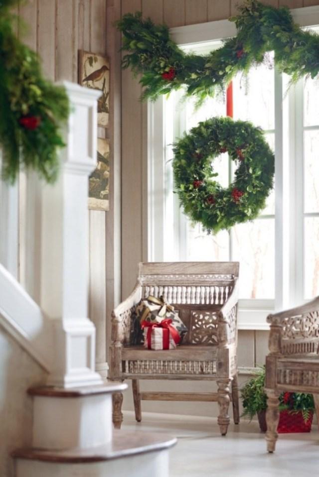 awesome-christmas-window-decor-ideas-7
