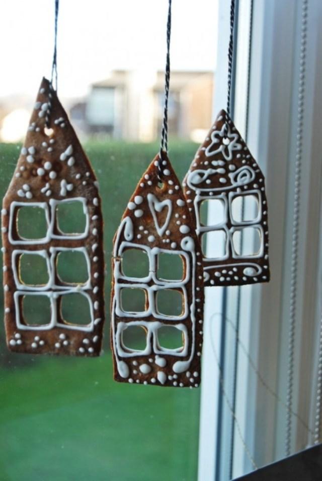 awesome-christmas-window-decor-ideas-9