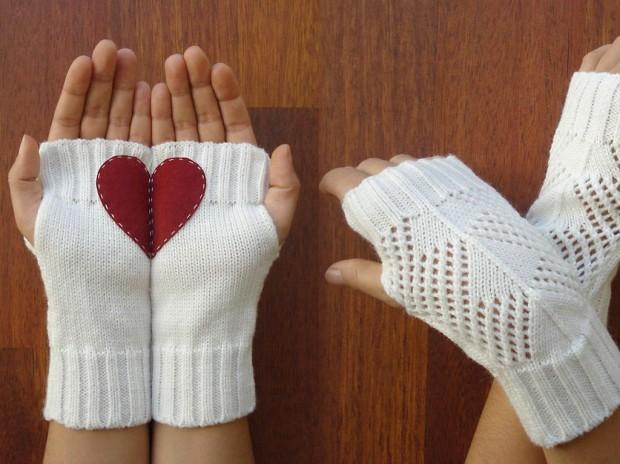 Christmas-Gloves-2