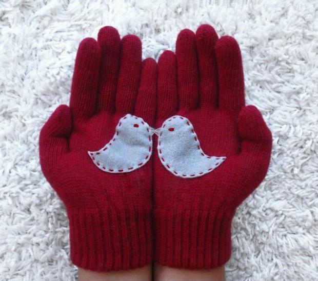 Christmas-Gloves-3