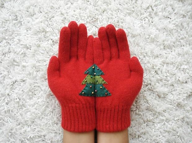 Christmas-Gloves-6