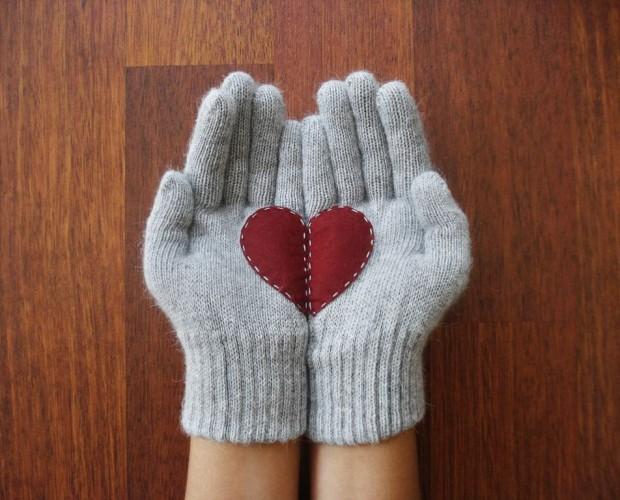 Christmas-Gloves-9