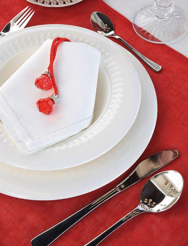 christmas-table-setting-red1-4