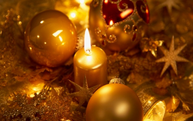 golden-christmas-decor-3