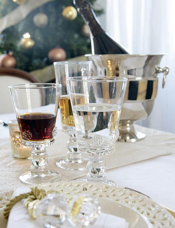 new-year-party-in-gold1-5