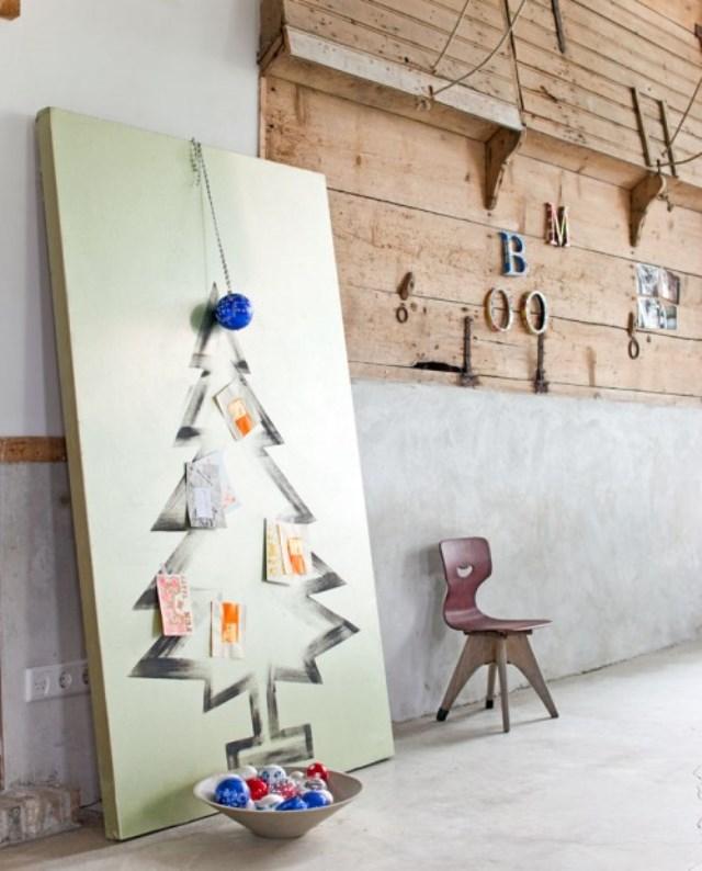 painted-christmas-tree-500x620