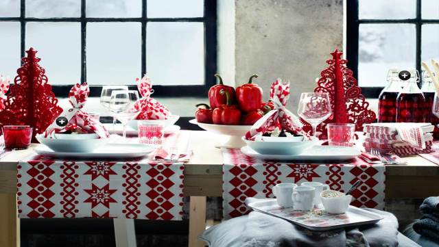 red_christmas_table6-15