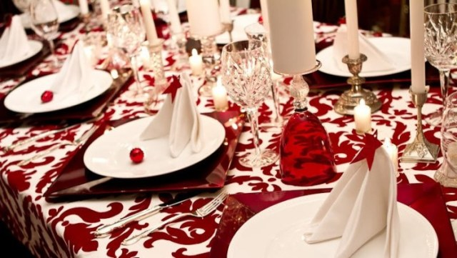 red_christmas_table6-2