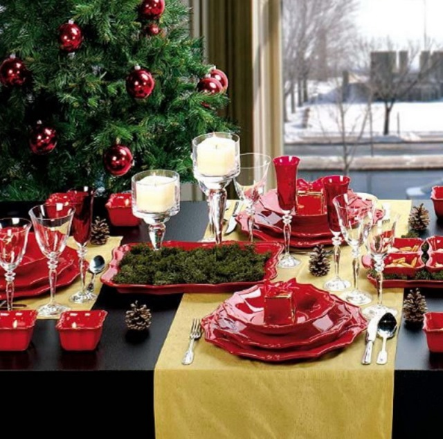 red_christmas_table6-5