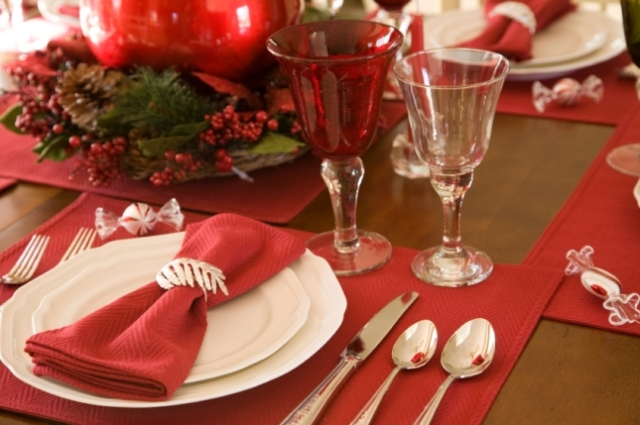red_christmas_table6