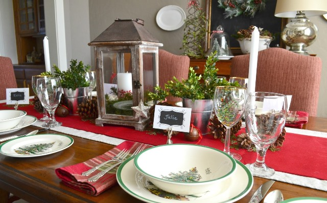 red_christmas_table7-10