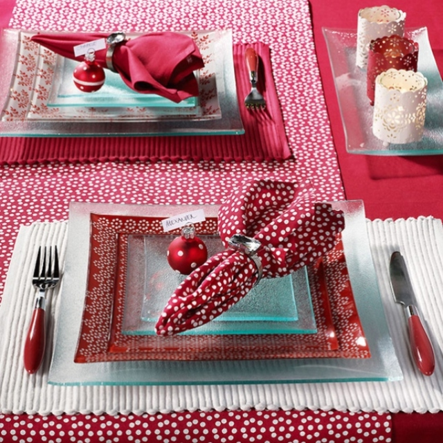 red_christmas_table7-12