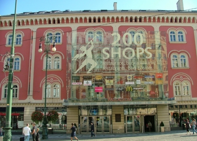 Shops-in-Prague-14