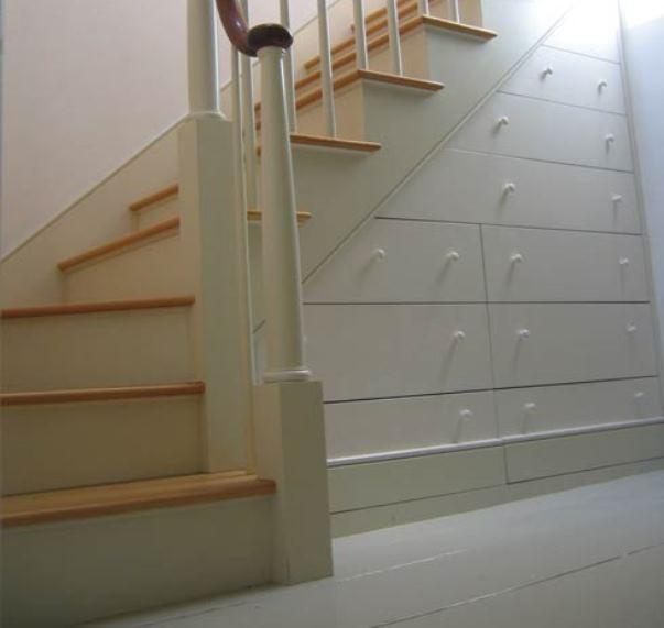 under-stair-space-8