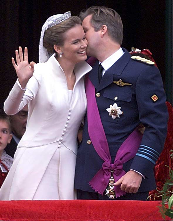 crown-prince-phillippe-princess-mathilde-royal-weddings